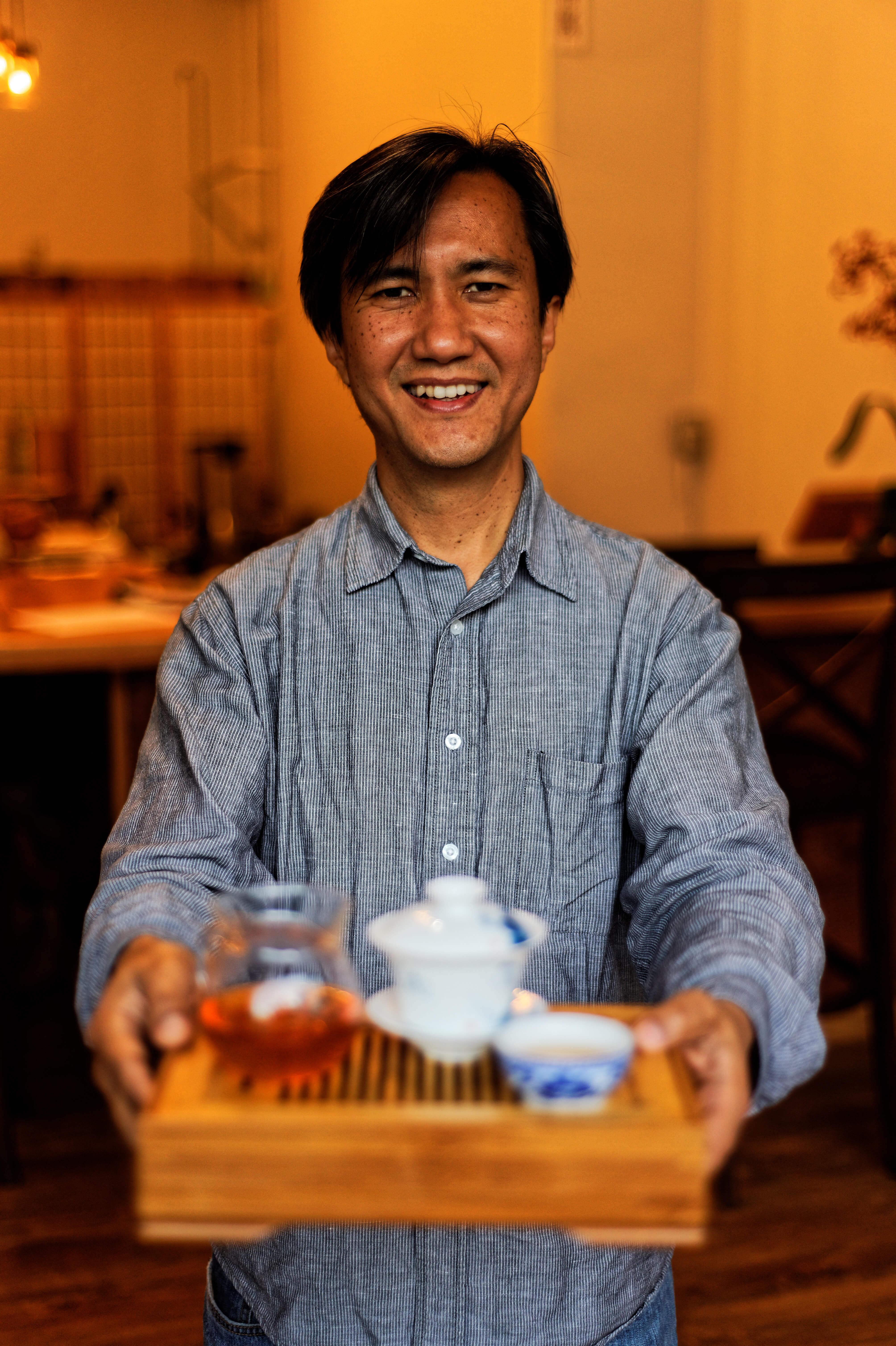 Tea guru Niraj Lama teaches Rochester to take time for tea